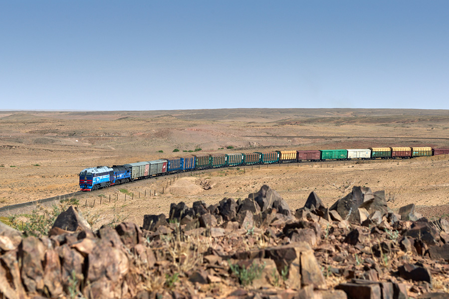 Mongolia: Autumn 2019, Branch lines and the Gobi Desert