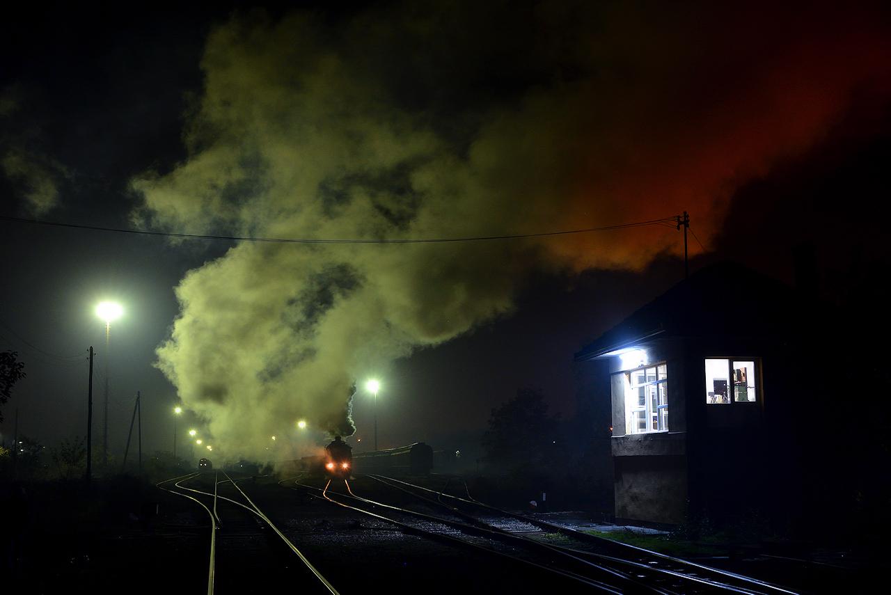 Bosnien KREKA Dampfloks Kriegsloks Baureihe 33 52 Tanago Eisenbahnreisen Erlebnisreisen
