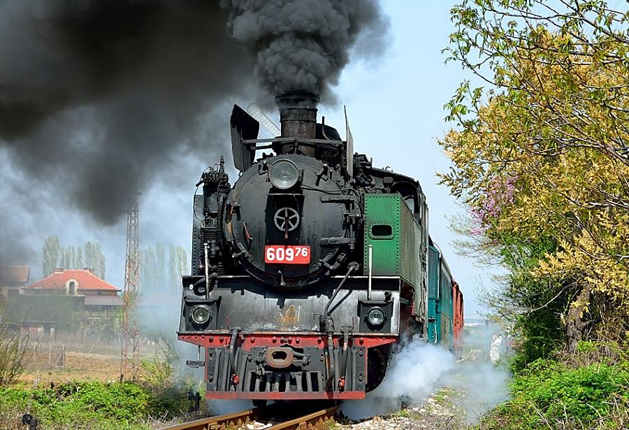 Bulgarien Schmalspur BDZ 609.76 Tanago Eisenbahnreisen