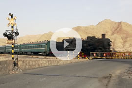 Link zum Video »China Steam 2013 - Part 3 - Passenger trains in Baiyin« auf YouTube