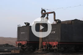 Link zum Video »China Steam 2013 - Part 1 - A day in Sandaoling« auf YouTube